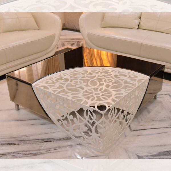 MESMERIZING MOTIF CENTER TABLE